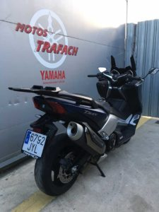 outlet-yamaha-t-max-3