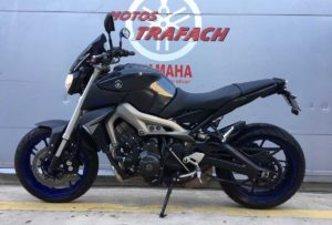 yamaha-mt-09-outlet-trafach-01