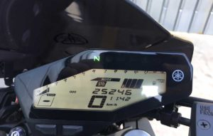 yamaha-mt-09-outlet-trafach-05